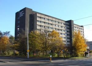 460 studentenwoningen in het voormalige gebouw van Tandheelkunde in Amsterdam.