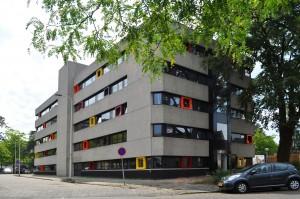 Bomansplaats in Eindhoven, 98 studentenwoningen in een leegstaand kantoorgebouw uit de jaren 70.