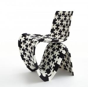 Jigsaw van 202 zwarte en witte kunststof puzzelstukjes