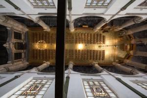 Messing vloer in koor Sint Janskerk Gouda. Foto Frank Hanswijk