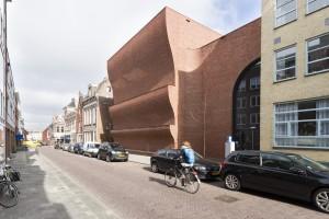 Sportblok Violenstraat, architect Marlies Rohmer, wint juryprijs 2015. Foto Mark Sekuur | PrimaFocus.