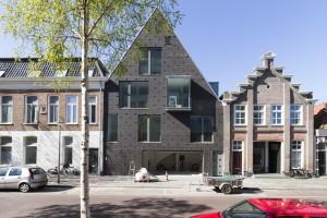 Appartementen trompstraat Groningen  Tonnis architecten, publieksprijs 2015. Foto Mark Sekuur | PrimaFocus.