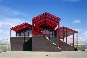 Sportpark De Gaar, Waalwijk, Wijnen Architectuur. Foto: René de Wit.