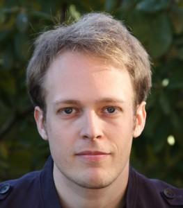 Mark van der Net (1982) studeerde in 2009 cum laude af als Msc Architecture Building and Planning aan de TU/e. Daarna werkte hij bij David Adjaye Associates in Berlijn en bij Onix in Groningen, en ontwikkelde hij o.a. OSCity.NL en Hermithouses.nl.