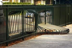 Social Fence: hek bij  school Noorderlicht in Dordrecht. Ontworpen door Tejo Remy en Rene Veenhuizen.