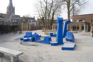 Remy & Veenhuizen - Zandbakmeubel brede school aan de Viandenlaanlaan Breda