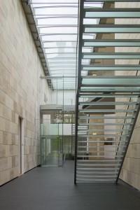 Museum MORE Gorssel - glazen trap en lift - Hans van Heeswijk architecten - Foto Luuk Kramer