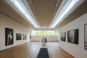 Museum MORE Gorssel - zaal met daglicht van boven en via de gevel - Hans van Heeswijk architecten - Foto Luuk Kramer