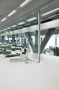 Naaimachines zetten de ontwerptekeningen van een vloer lager meteen om in een pasmodel.