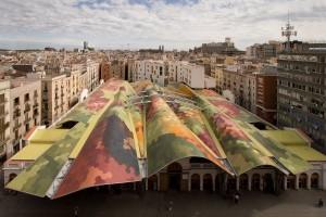 Mercat de Santa Caterina, markthal in Barcelona (2005), ontwerp Enric Miralles en Benedetta Tagliabue.