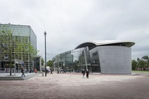 Glazen entreegebouw van gogh museum - Glazen ingang ...