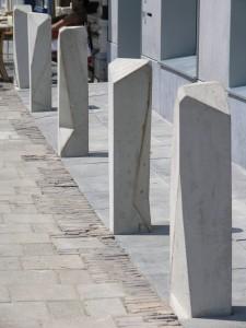 Palissade Gorkum architect Water van Meijl, stoeppalen zijn mee-ontworpen