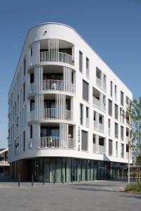 Woonzorgplein Eltheto in Rijssen 2by4 architects - De Bolder, zorgtoegankelijk appartementenblok