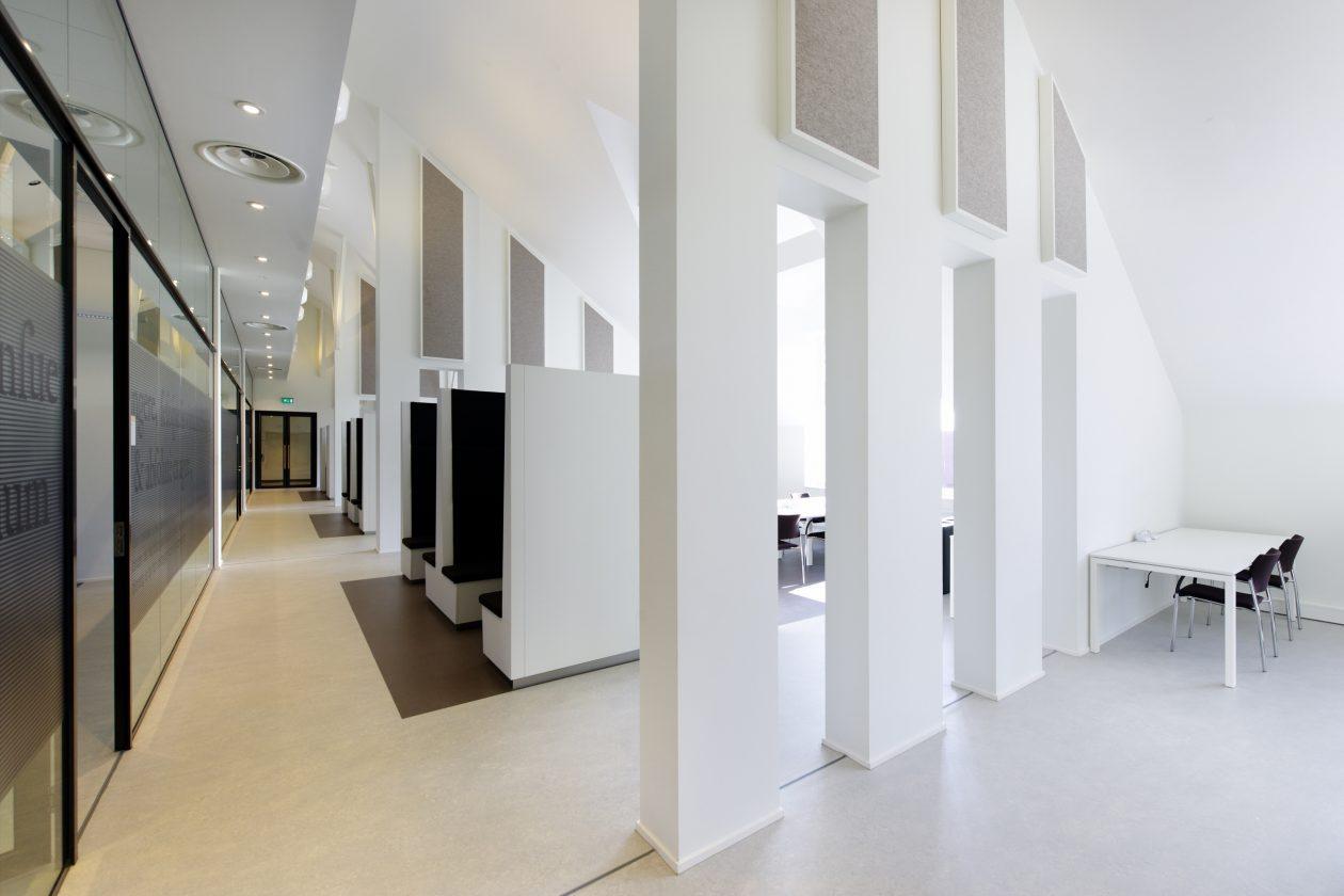 Interieur Nok Spinoza Hall Renovatie J.P. van Eesteren