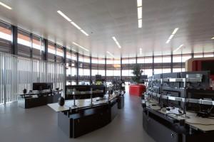 De 1000 m2 grote seinzaal heeft een hoogte van 5 meter en is kolomvrij.