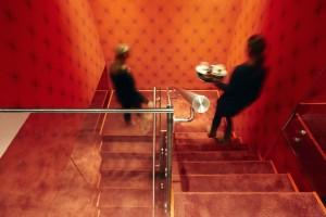 Trappenhuis in het Andaz Hotel in Amsterdam, ontwerp Marcel Wanders
