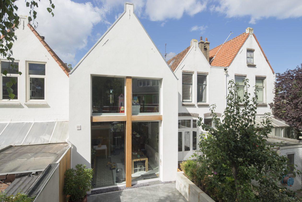 De tuin in   architectonische aanbouwen   architectuur.nl