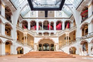 Lichthal van het gerenoveerde Tropenmuseum in Amsterdam, dat in oktober 2015 heropende na een renovatie