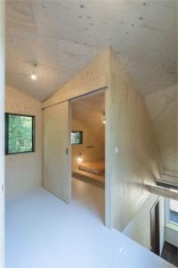 kleine slaapkamer met twee slaapplaatsen