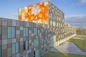 Onderwijspark Ezinge, Meppel (2014), architect: atelier PRO, kunstwerk: Driessen + Van Deijne • Foto Jan Paul Mioulet.