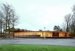 Speelpleinstraat, combinatie van kinderdagverblijf en groendienst, Merksem (2012) Architect: 51N4E. Foto: Filip Dujardin