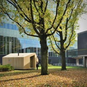 De Trek-in is een duurzame accommodatie die door de vormgeving, de natuurlijke uitstraling, de grote ramen en het comfortabele interieur een eigentijdse variant is op de traditionele trekkershutten. De fabrikant van Trek-In, A. van Liempd Sloopbedrijven, is gespecialiseerd in hergebruik van grondstoffen uit sloopprojecten en heeft een FSC-keurmerk voor haar sloophout. I.s.m. Stichting Trekkershutten, Stichting Natuurkampeerterreinen, AgentschapNL, TU/e.