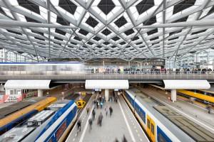 Het vernieuwde Den Haag Centraal Station, ontworpen door Benthem Crouwel Architects en geopend op 1 februari 2016 door Staatssecretaris Dijksma