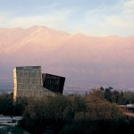 Pritzker Architectuurprijs voor Alejandro Aravena