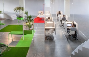 Bij Out of office werd een hippe flexplek voor zzp-ers (links) gedurende een maand langzaam gestript in een kale kantooropstelling met bureauhokjes (rechts).