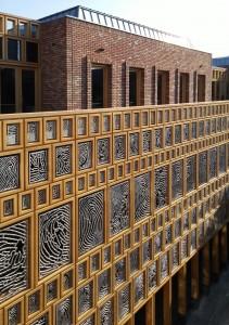 Gevel binnenhof stadhuis Deventer vanaf galerij op 2e verd Foto Jacqueline Knudsen