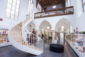 Museumwinkel_met nieuwe trap naar informatiecentrum Foto_door_SODA