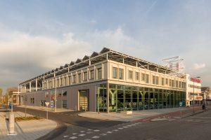 Totaal overzicht van het nieuwe bedrijfsgebouw van de Stadsdeelwerf Amsterdam-Zuid