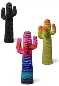 Gufram presenteerde de Cactus in een nieuwe kleursetting van Paul Smith.