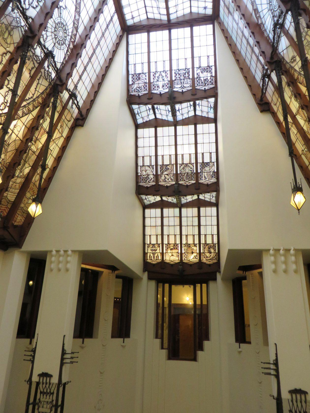 Rondleiding scheepvaarthuis - Expressionistische architectuur ...