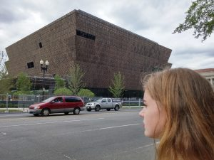 NMAAHC gevel 14th st NW. Foto Jacqueline Knudsen