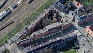 Plaats van het nieuwe museum binnen het totale blok.