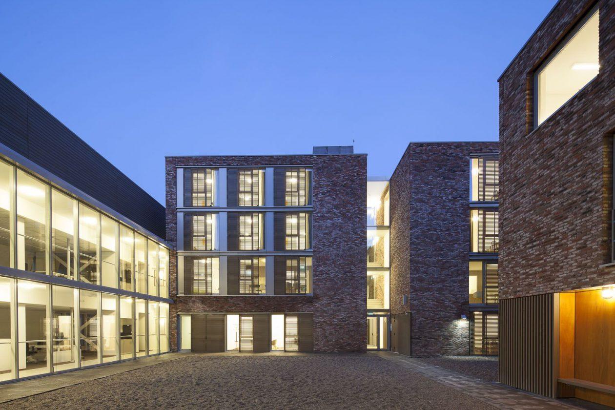 moderne architectuur in historisch utrecht