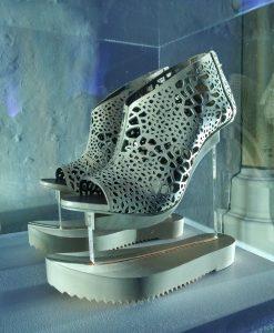 Aero Shoes - expositie METABOLISM van Iris van Herpen in Bergkerk Deventer - Foto Jacqueline Knudsen