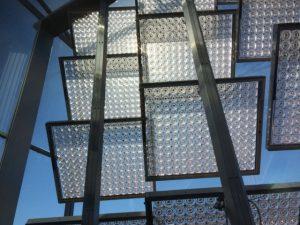 Uit metingen van de Radboud Universiteit blijkt dat de Lumiduct op een zonnige dag meer elektriciteit opwekt dan een standaard zonnepaneel