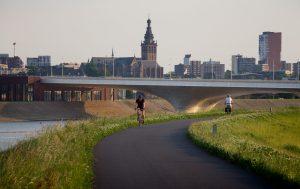 De Verlengde Waalbrug, Zwarts en Jansma Architecten