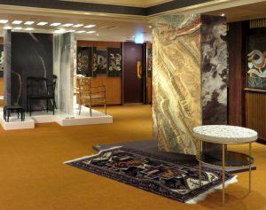 Object Rotterdam 2017 . Links meubels van Paul Salet tegen een behang van Workingbert, rechts de Marble Earth kast van Bart Joachim van Uden - Foto Jacqueline Knudsen