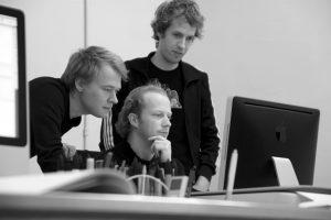 Ten tijde van het initiatiefplan voor SCAR 19, Schoonoordstraat 7, werkte Marijn Boterman (rechts) met Alex Jager en Rogier Janssen bij JagerJanssen architecten. Zodoende kende hij de potentie van de locatie • Foto Marilène Eijgenraam