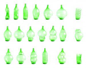 De Bottle collection van gebruikte wijnflessen was genomineerd voor de 'New Materials Award' in 2010 vanwege duurzaam en innovatief gebruik van materiaal • Foto Masha Bakker