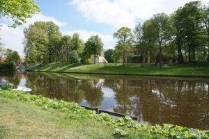 De nieuwe villa ligt in een groen park aan de singel. Foto Jacqueline Knudsen.