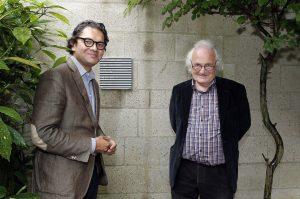4. Bewoner Paul Lappia en architect Herman Hertzberger bij  Diagoonwoning Delft. Foto Roy Borghouts
