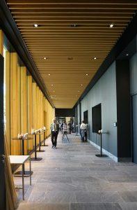 Foyer naast de grote zalen. Foto Jacqueline Knudsen