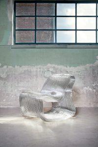 Dirk Vander Kooij Not Only Hollow Chair, 2014 Gerecyclede kunststof Courtesy Gallery Chamber