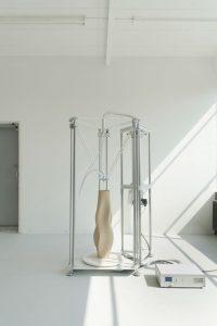 Olivier van Herpt Ceramics 3D Printer Prototype 4, 2017 3D-geprint keramiek Courtesy Olivier van Herpt