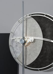 Klaas Kuiken maakte van het halfdoorschijnende colback-doek productieklare prototypes van lampen