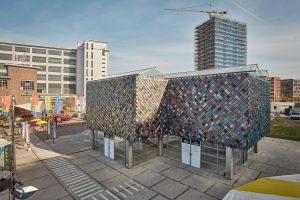 Tijdens de Dutch Design Week eind oktober was het paviljoen centraal punt voor het World Design Event